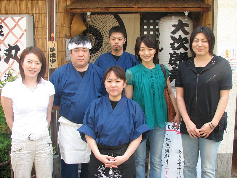 撮影にともない田中雅美さん、岩崎恭子さん、 中村真衣さんが来店しました。